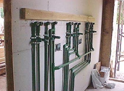 Antigua costumbre con una nueva tecnologia - Instalacion de calefaccion por radiadores ...